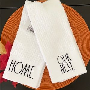 Rae Dunn 'HOME' 'OUR NEST' Kitchen Towels Set